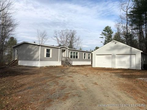 Photo of 828 E Burrough Rd, Bowdoin, ME 04287