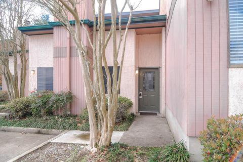 Photo of 3500 E Simcoe St Apt 52, Lafayette, LA 70501