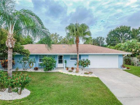 Photo of 2723 Jefferson Cir, Sarasota, FL 34239