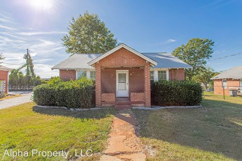 Photo of 1 N Florida Ave, Greenville, SC 29611
