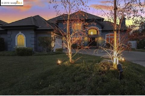 Photo of 5771 Gateway Ct, Discovery Bay, CA 94505