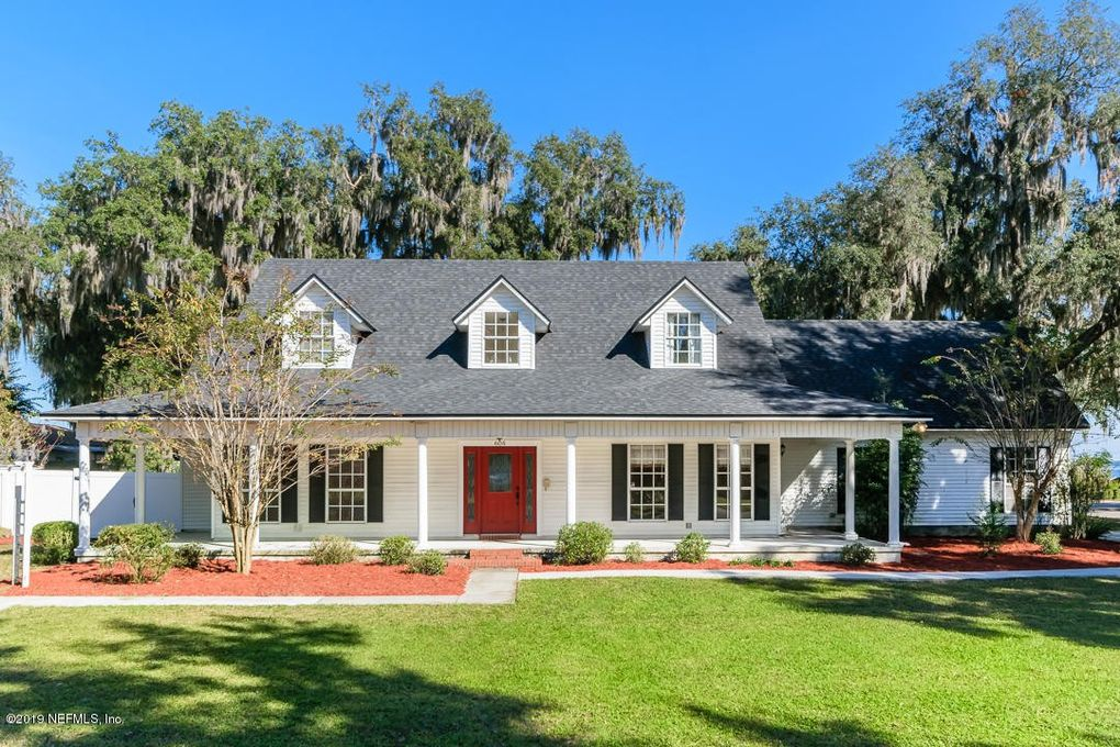 606 Myrtle Ave Green Cove Springs, FL 32043