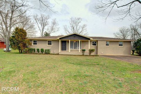 Photo of 23021 Kennedy Rd, Athens, AL 35613