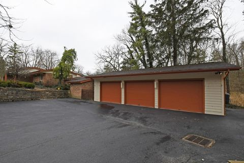 Photo of 7755 Tecumseh Trl, Indian Hill, OH 45243