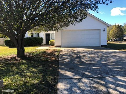 Photo of 6500 Laurel Springs Ct, Charlotte, NC 28227