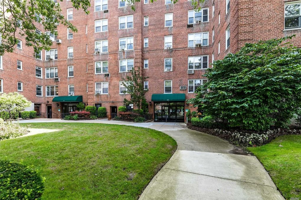 26-25 Union St Unit 3B Flushing, NY 11354