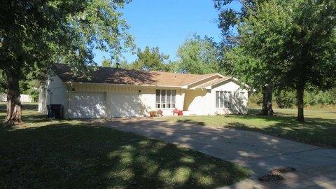502 W Ranch Ave, Stillwater, OK 74075