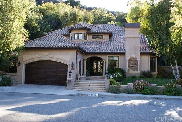 20154 Chapter Dr Woodland Hills, CA 91364