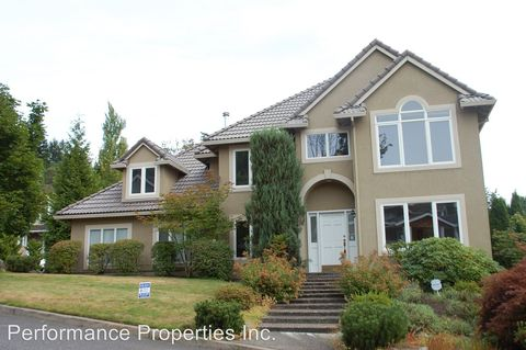 Photo of 3323 Nw Spencer St, Portland, OR 97229