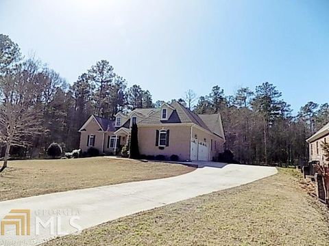 Photo of 196 Saint Andrews Ct, Social Circle, GA 30025