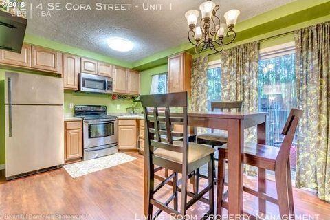 Photo of 1214 Se Cora St Apt 1, Portland, OR 97202