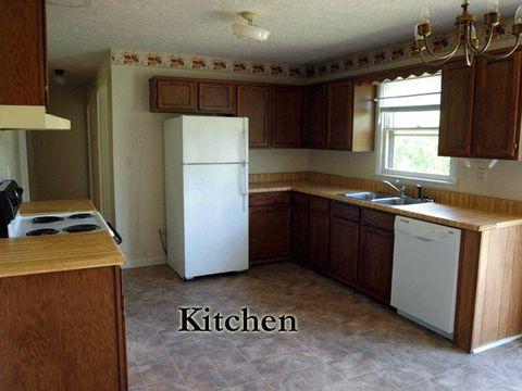 Photo of 1340 Hidden Valley Rd, Livingston, TN 38570