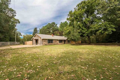Photo of 4601 Paradise Rd, Bentonia, MS 39040