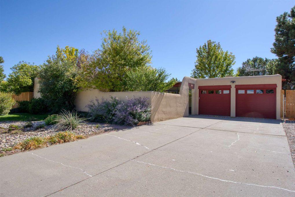 471 Grand Canyon Dr Los Alamos, NM 87547