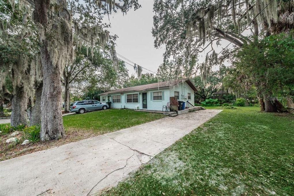 814 Carolina Ave Tarpon Springs, FL 34689