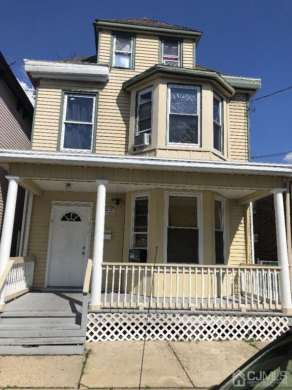 428 East Ave Perth Amboy Nj 08861 Realtor Com