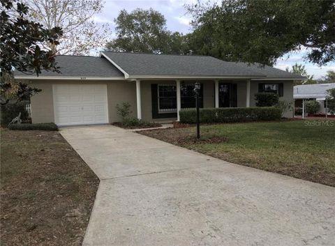 Photo of 619 W Seminole Ave, Eustis, FL 32726