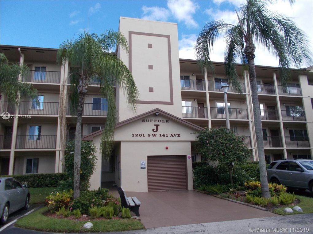 1201 SW 141st Ave Unit 109J Pembroke Pines, FL 33027