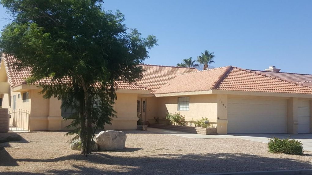 9041 Warwick Dr Desert Hot Springs, CA 92240