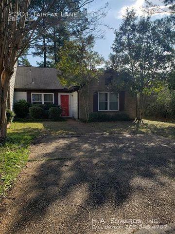 Photo of 2301 Fairfax Ln, Tuscaloosa, AL 35406