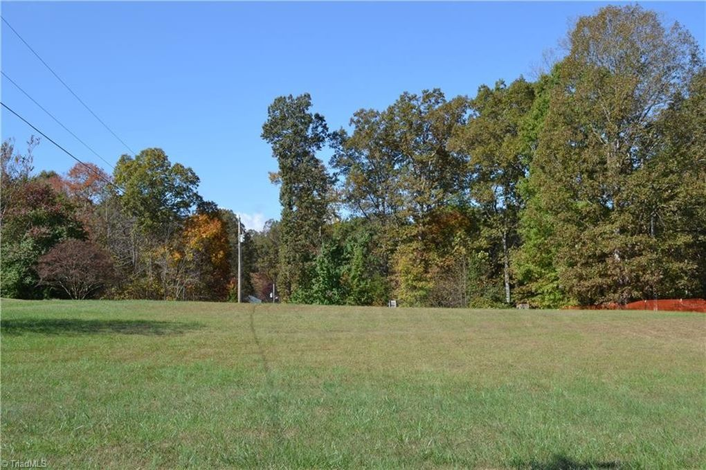 824 Whetstone Creek Rd Stoneville, NC 27048