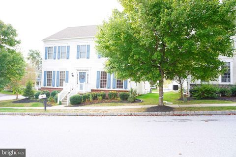 Photo of 1403 Hampshire Ln, Chester Springs, PA 19425
