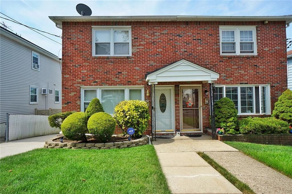 86 Mobile Ave Staten Island, NY 10306