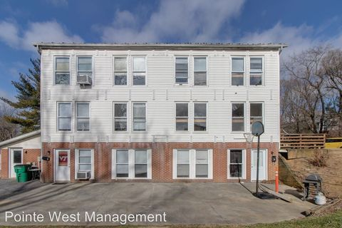 Photo of 500 Harrell St Apt 4, Blacksburg, VA 24060