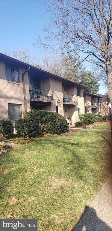 612 N Shady Retreat Rd Unit 59 Doylestown, PA 18901
