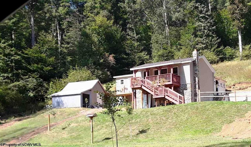 2272 Boy Scout Camp Rd Ellamore, WV 26267