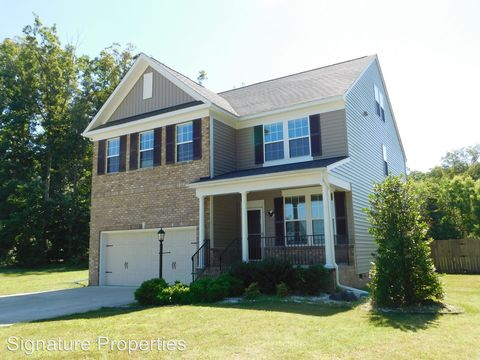 Photo of 107 Tralee Dr, Chester, VA 23836