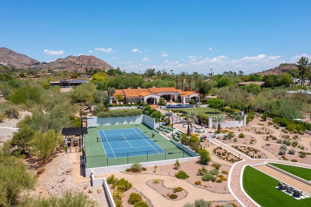 6742 N 48th St Paradise Valley, AZ 85253