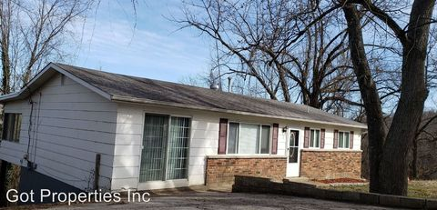 Photo of 7 Highview Dr, Imperial, MO 63052