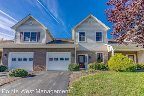 Photo of 2682 Blossom Trl E, Blacksburg, VA 24060