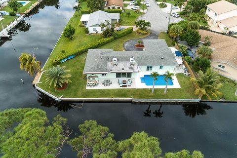 Photo of 1400 Caribbean Rd E, Lake Clarke Shores, FL 33406