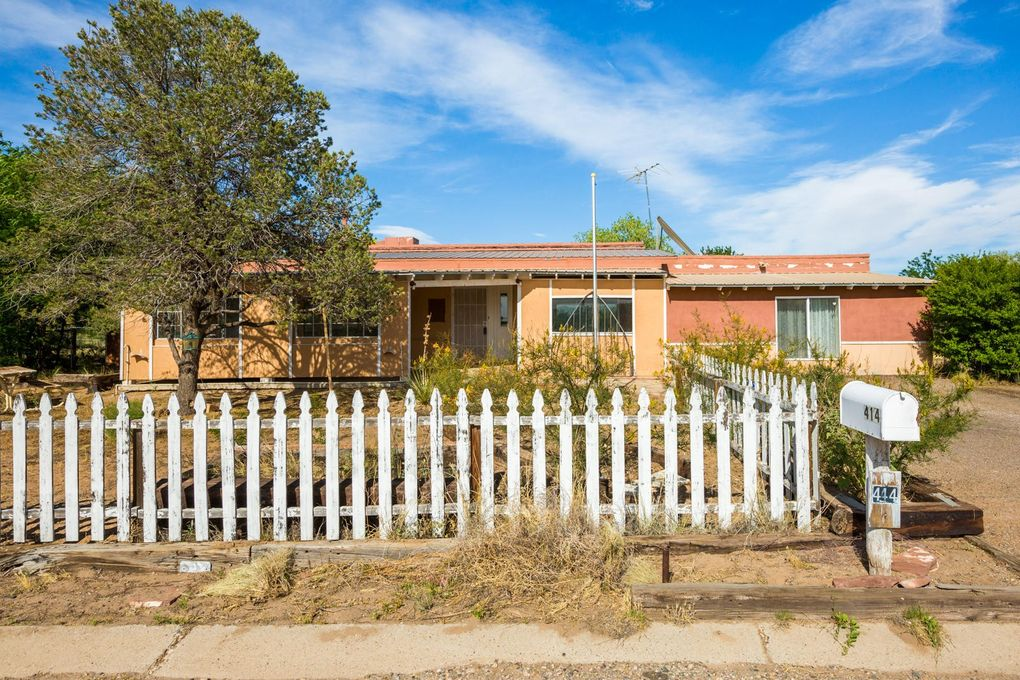 414 Hillman St Rio Communities, NM 87002