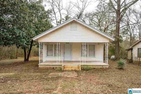 Photo of 1405 22nd St W, Jasper, AL 35501