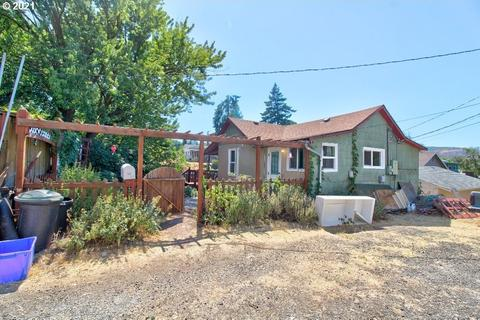 307 W 8th St, The Dalles, OR 97058