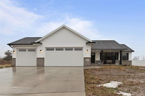 Photo of 1753 Highridge Ter, Menasha, WI 54952