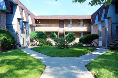 Photo of 5532 Newland Way Apt 201, Arvada, CO 80002
