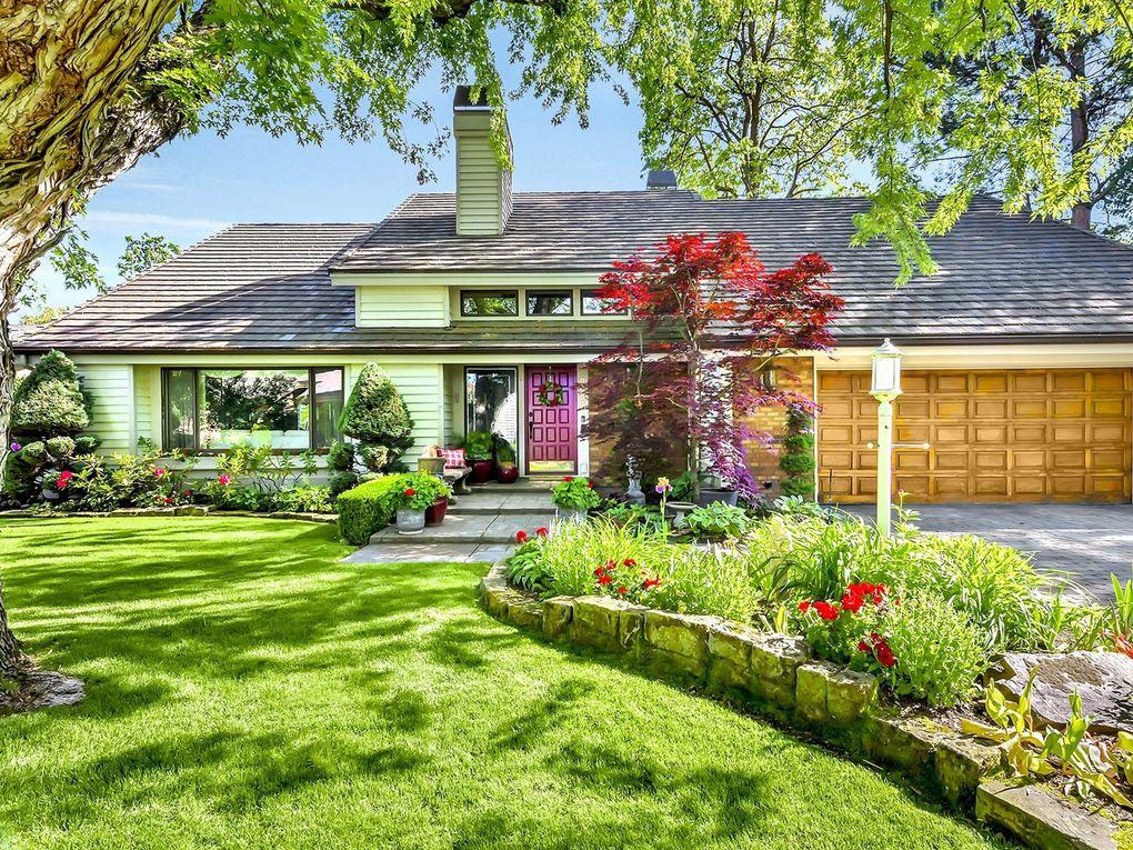 2057 S White Pine Ln Boise, ID 83706