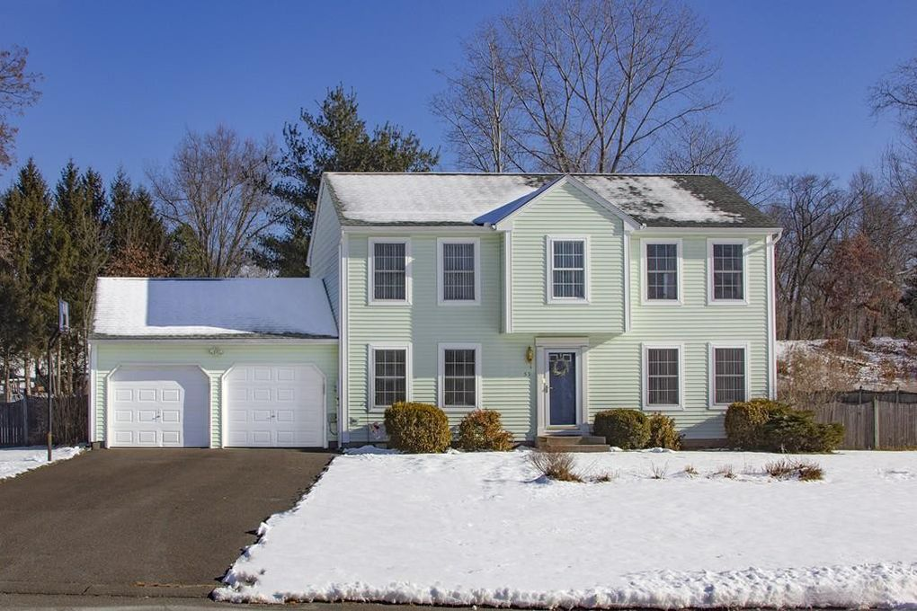 59 Miller Rd Southwick, MA 01077