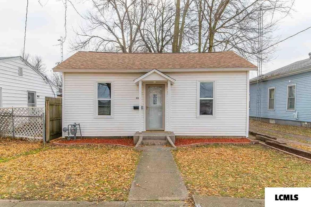 419 Decatur St Lincoln, IL 62656