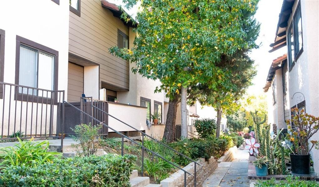 955 Postal Way Apt 34 Vista, CA 92083