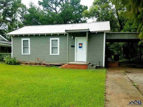 Photo of 504 Marshall St, Morgan City, LA 70380
