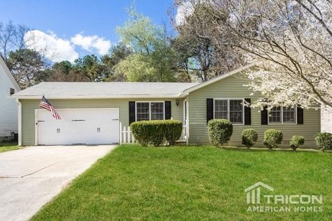 Photo of 2002 Red Rose Ln, Loganville, GA 30052