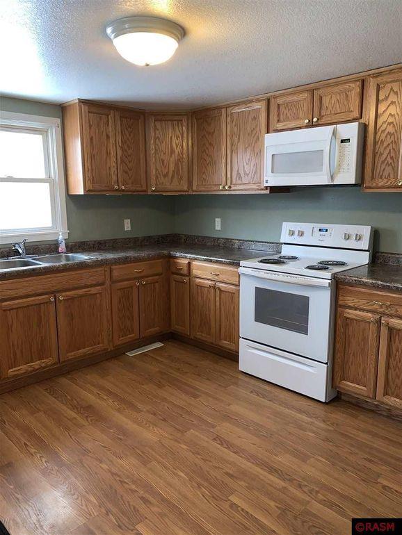 636 Beaver Ave Mankato Mn 56001, Kitchen Cabinets Mankato Mn