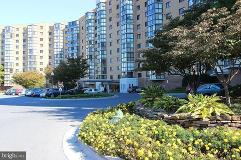 Photo of 3330 N Leisure World Blvd Unit 5-625, Silver Spring, MD 20906