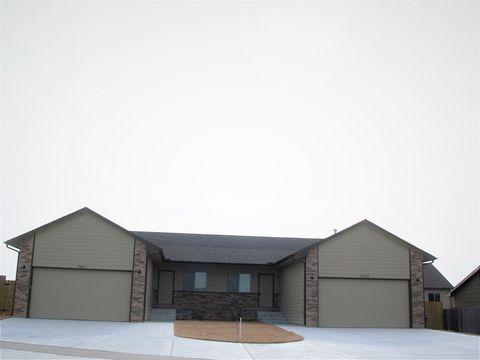 Photo of 2439 And 2441 E Quivira St, Kechi, KS 67067