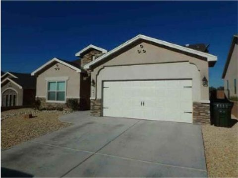 Photo of 1845 Troy Dr, Carlsbad, NM 88220
